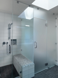 90-degree-shower-door-2