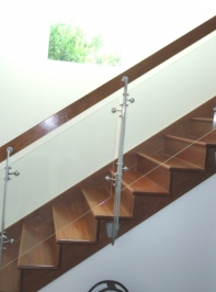 glass-railing-14