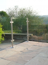 glass-railing-24